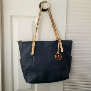 Michael Kors Jet Set East West Top Zip Navy Tote